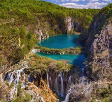 Chorvatsko v srpnu navštívil milion turistů, kteří uskutečnili 7,2 milionu přenocování