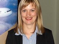 Večerem provázela paní Lucie Pinkavová, Sales Manager Air Astana ze společnosti Blue Sky Travel, která na našem trhu leteckou společnost Air Astana zastupuje. Foto: Vlaďka Bratršovská