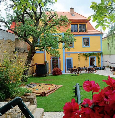 Zdroj: www.modredvere.cz