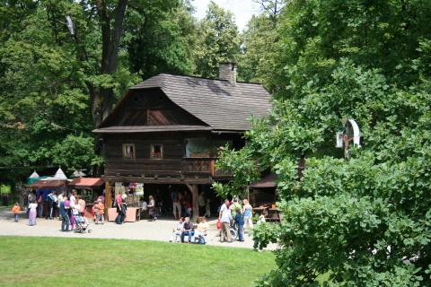 Dřevěné městečko Billův dům Foto: archiv VMP