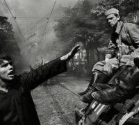 Praha hostí tři výstavy fotografií Josefa Koudelky