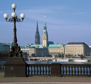 Hamburská radnice, H.P. Merten