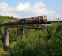 Jedinečná horská železnice na krušnohorskou Moldavu bude od víkendu opět v provozu