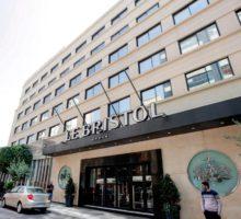 Konec bejrútské legendy – hotel Le Bristol byl uzavřen