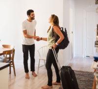 Airbnb slaví desáté narozeniny: jak se z matrací na zemi stal obr cestovního ruchu