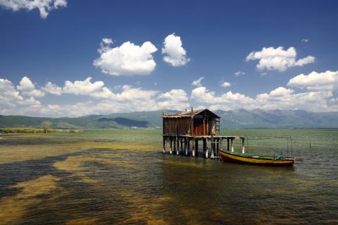 Rybářský dome na Jezeře Dojran Foto: Macedonia Timeless