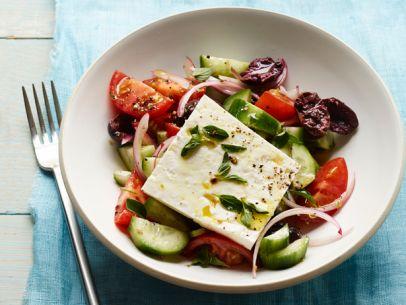FNM_040113-Classic-Greek-Salad-Recipe_s4x3.jpg.rend.sni12col.landscape