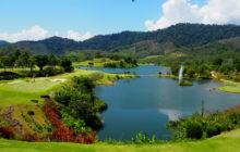 Hřiště rezortu Katathong v provincii Phang Nga využívá i jezírek a vodotečí bývalého dolu. Foto: Golf Resort & Spa. Foto: