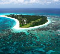 Ostrov Bird (Pták) Zdroj: Seychelles.travel/Raymond Sahumet