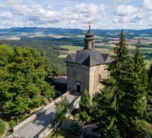 Čtyřicet dva neobjevených skvostů Česka