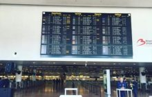 Odletová hala bruselského letiště opět v provozu