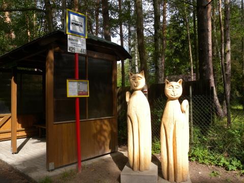 Hrabalova zastávka a chata Foto: Marta Jedličková