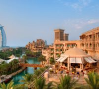 Dubaj láká na levnější vstupy na atrakce i internet zdarma