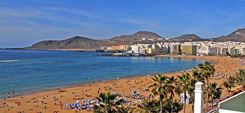Playa de las Canteras Foto: www.grancanaria.com