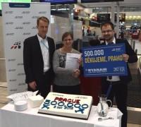 Ryanair oslavil v Praze svého půlmiliontého zákazníka 05c0fa600a