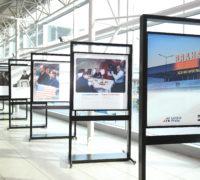 Letiště Praha a Knihovna Václava Havla otevírají novou fotografickou výstavu