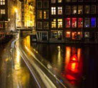 Amsterdam zakáže komentované prohlídky ve čtvrti nevěstinců