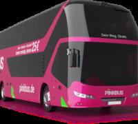 Růžový, nikoli zelený autobus