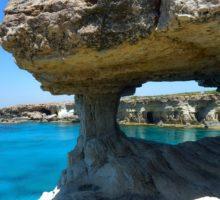 Kypr povolí v červnu komerční lety některým zemím
