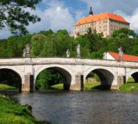 Tip pro cestovní kanceláře: zámek Náměšť na Oslavou opět roste do krásy