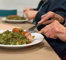 Praha jedná s restauracemi o prodeji obědů školákům a seniorům