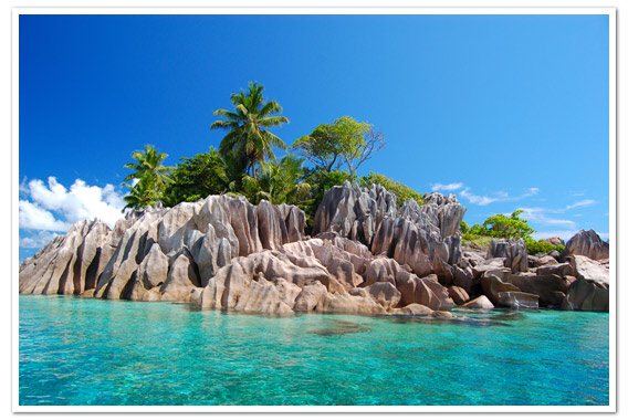 foto: St Pierre Island near Praslin © Gerard Larose/STB