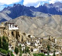 Do Kašmíru se opět může, ale jenom offline