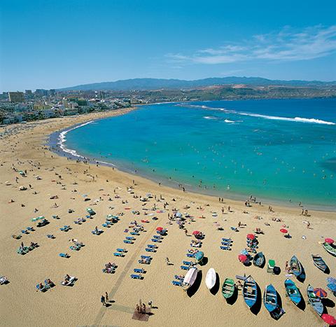 Playa de las Canteras, Gran Canaria Foto: www.grancanaria.com