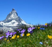 Švýcarský Zermatt posílá přes Matterhorn světu naději