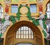 Fantova kavárna v budově Praha hlavní nádraží Foto: Christian Mueller / Shutterstock.com