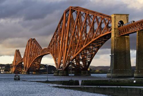 Most The Forth Bridge, Velká Británie Foto: © Historic Scotland, Duncan Peet