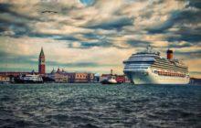 Velké výletní lodě nebudou smět plout do centra Benátek