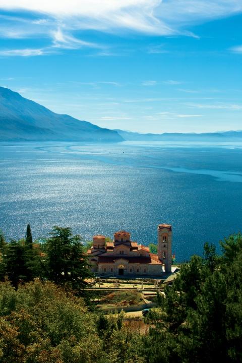 Ochridské jezero a klášter Sv. Klimenta Foto: Macedonie Timeless