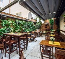 Asociace: Otevření hotelů a restaurací bude problematické